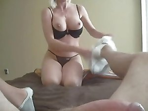 Hot Blonde Mommy Keri Lynn